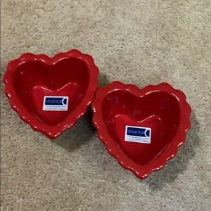 Red heart baking dishes